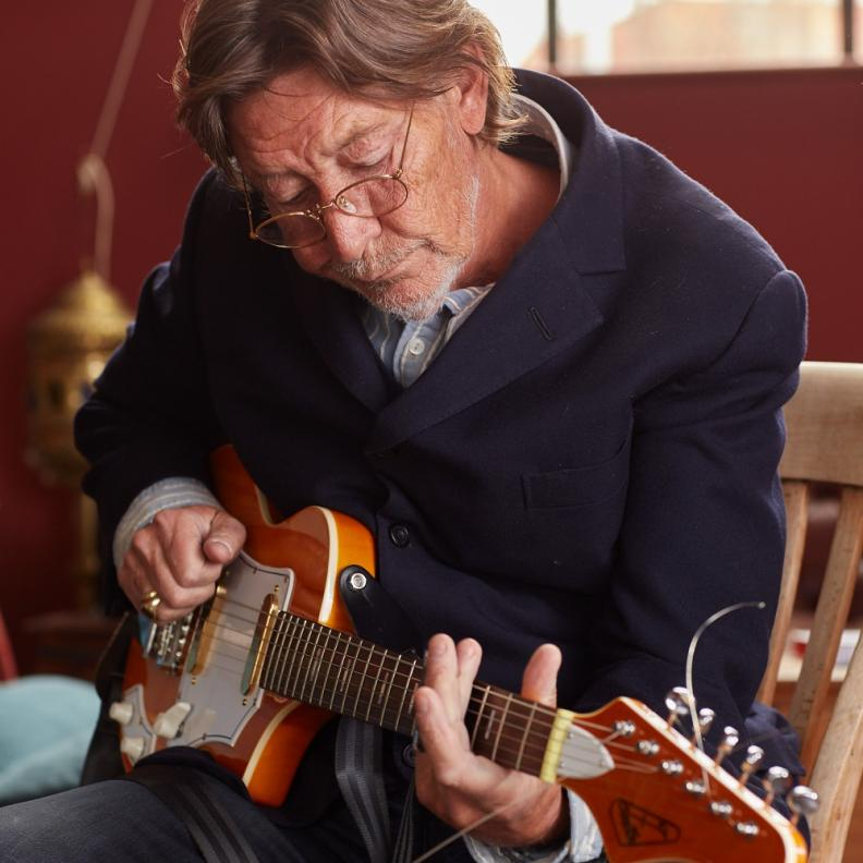 The Return of Chris Rea - Road Songs For Lovers