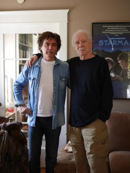 "Jean-Michel Jarre mit dem ""Master of Horror"" John Carpenter im Track Story-Video"