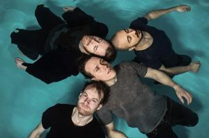 "Vola - neues Album ""Applause Of A Distant Crowd"", neues Video und Livedates"